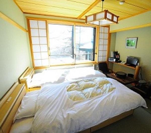 room_600x530